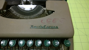 """I've tried to find out what """"CEEE"""" might stand for, but all of it seems a bit too bogus for this typewriter. The 'S' has been smashed through, but this is fixable."""