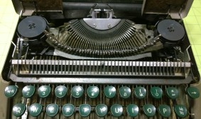 A look at the filthy internals. This typewriter was heavily used then heavily forgotten!